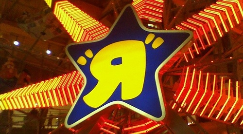 The World's Biggest Toys'R'Us, © thewastedsmile, Creatives Commons Attribution License